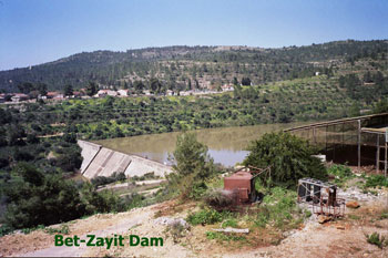 Bet-Zayit Dam in the winter